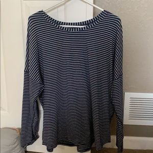 Lululemon Long Sleeve Relaxed Fit